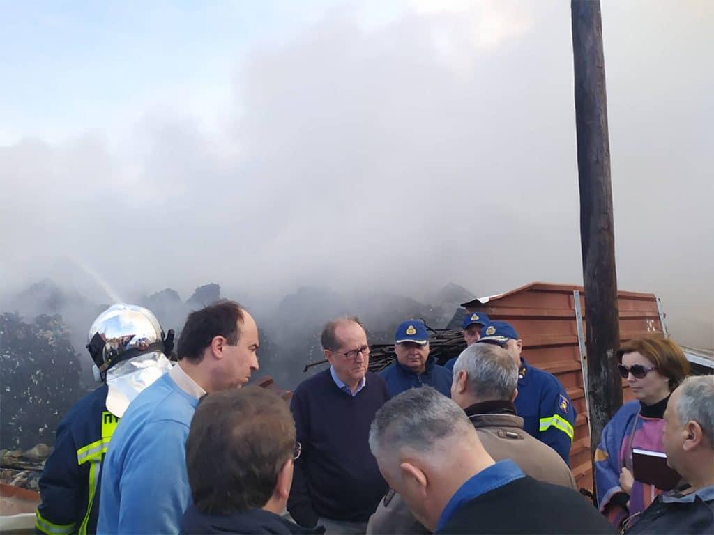 Πυρκαγιά σε μονάδα ανακύκλωσης στο Μπολάτι Κορινθίας