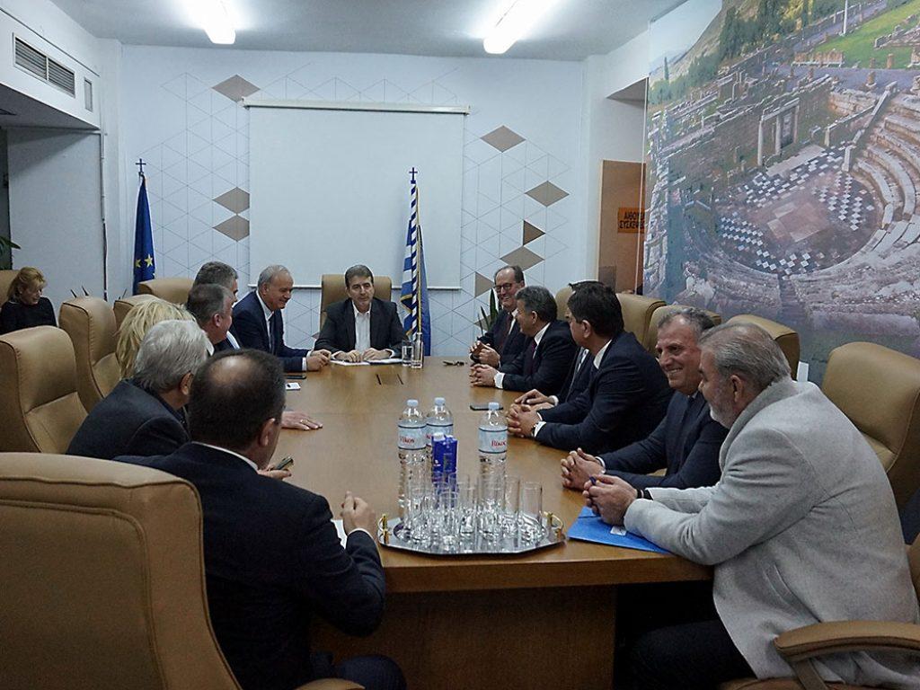 Σύσκεψη του υπουργού Προστασίας του Πολίτη Μιχάλη Χρυσοχοΐδη με τους δημάρχους του νομού Μεσσηνίας