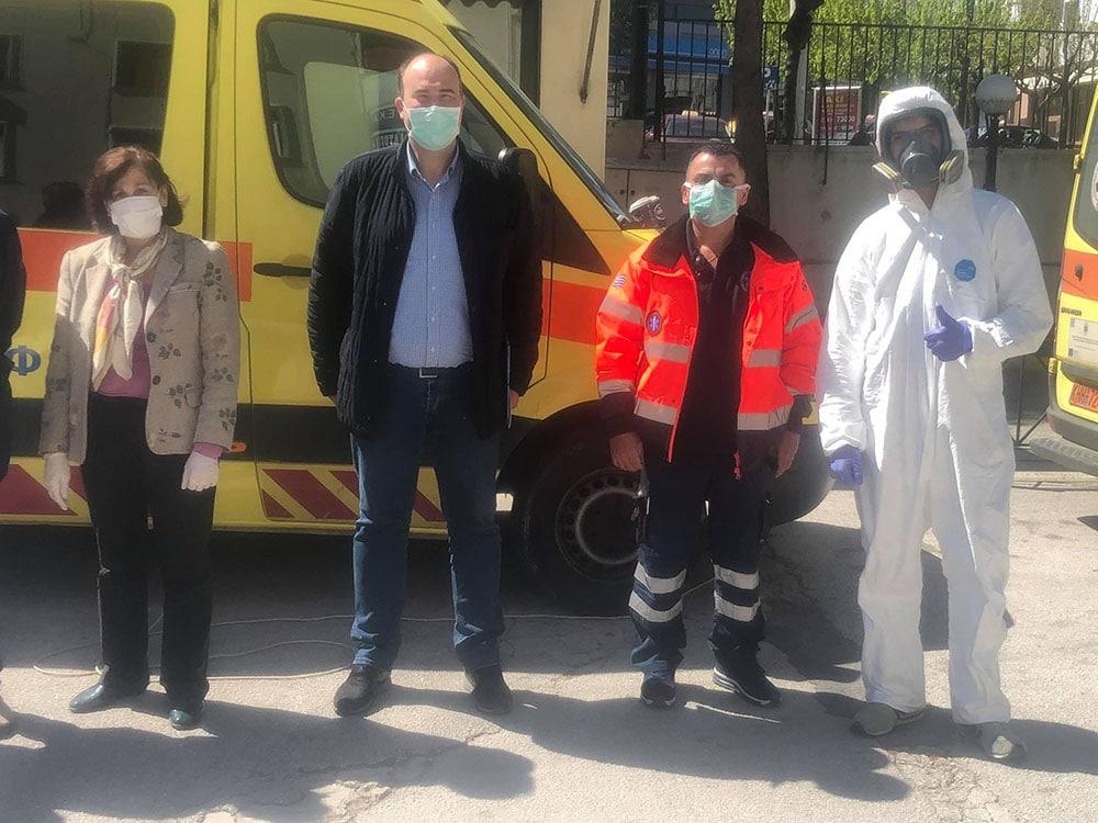 Απολύμανση ασθενοφόρων του ΕΚΑΒ Κορίνθου