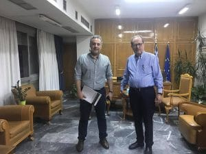 Συνάντηση του περιφερειάρχη με τον πρόεδρο του Επιμελητηρίου Μεσσηνίας Βαγγέλη Ξυγκώρο