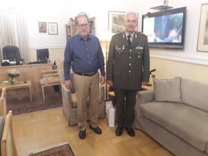 Αποχαιρετιστήρια επίσκεψη στον περιφερειάρχη του απερχόμενου διοικητή ΔΙΚΕ Πελοποννήσου