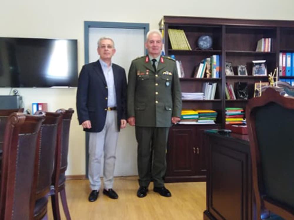 Συνάντηση αντιπεριφερειάρχη Χρ. Λαμπρόπουλου με τον απερχόμενο ΔΙΚΕ Πελοποννήσου