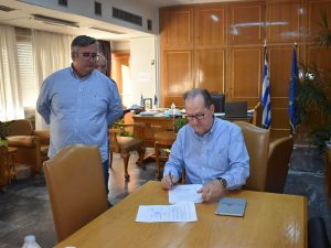 Συμβάσεις για έργα προϋπολογισμού 1,4 εκ ευρώ στην Π.Ε. Μεσσηνίας υπέγραψε ο περιφερειάρχης Π. Νίκας