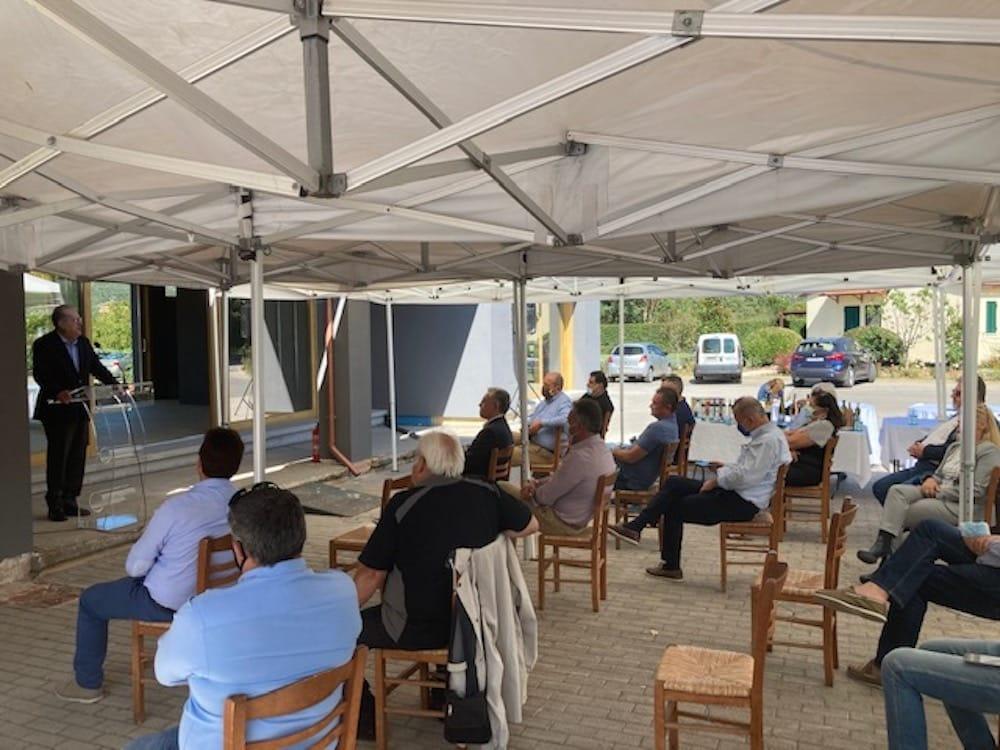 Συνάντηση εργασίας με επενδυτές της μεταποίησης