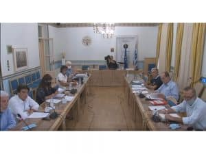 """Κάλυψη από την Περιφέρεια του 50% του ελλείμματος στην """"Πελοπόννησος"""" Α.Ε. αποφάσισε το Περιφερειακό Συμβούλιο"""