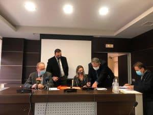 Υπογραφές του περιφερειάρχη Πελοποννήσου Π. Νίκα για έργα και μελέτες 1,6 εκ. ευρώ στην Π.Ε. Λακωνίας