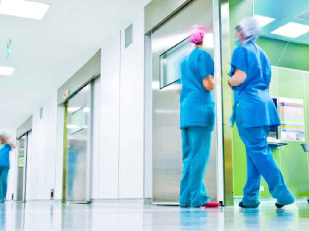 Ιατρικό εξοπλισμό για το Νοσοκομείο Κυπαρισσίας αγόρασε η Περιφέρεια Πελοποννήσου