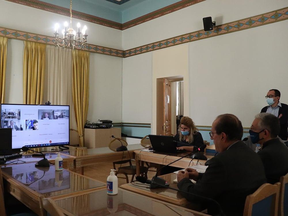 Θετικά πρόσκεινται οι υπηρεσίες της Κομισιόν στην πρόταση αναθεώρησης του ΕΣΠΑ της Περιφέρειας Πελοποννήσου, η οποία περιλαμβάνει φυσικό αέριο και σιδηρόδρομο