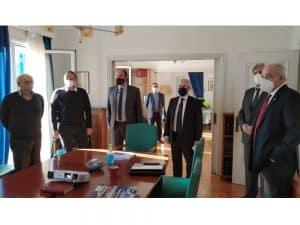 Σύσκεψη για τις παρεμβάσεις στην διώρυγα του Ισθμού της Κορίνθου έγινε χθες Παρασκευή στα γραφεία της ΑΕΔΙΚ