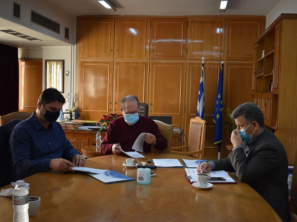 Προγραμματικές συμβάσεις αθλητικών έργων στη Μεσσηνία υπέγραψε ο περιφερειάρχης Πελοποννήσου Π. Νίκας, δηλώσεις για τον προγραμματισμό νέων