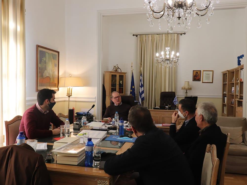 Οργανωτική σύσκεψη για τη συνδρομή της Περιφέρειας στη διαδικασία υλοποίησης της ΣΔΙΤ απορριμμάτων