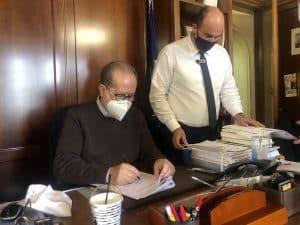 Τρεις προγραμματικές συμβάσεις υπέγραψε ο περιφερειάρχης Π. Νίκας στην Π.Ε. Κορινθίας