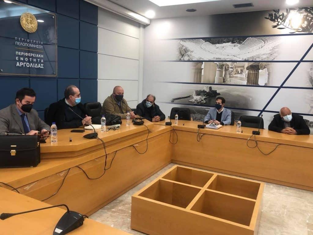 Συνάντηση στο Ναύπλιο του περιφερειάρχη Πελοποννήσου Π. Νίκα με χυμοποιούς και εκπροσώπους των Δήμων Ναυπλιέων και Αργους - Μυκηνών