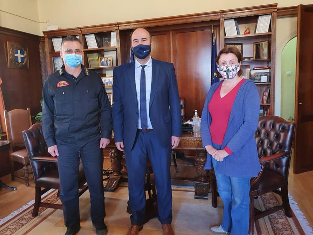 Συνάντηση στην Π.Ε. Κορινθίας με τον νέο διοικητή των Πυροσβεστικών Υπηρεσιών του νομού