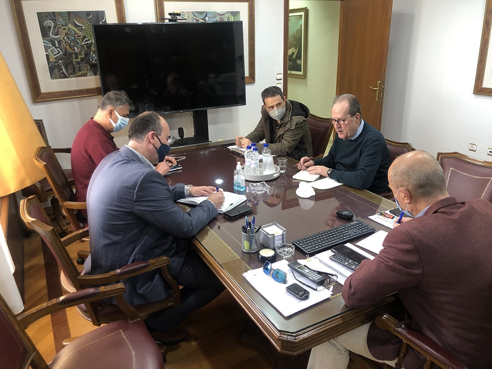 Συνεργασία του Περιφερειάρχη για θέματα του Δήμου Λουτρακίου-Περαχώρας-Αγίων Θεοδώρων
