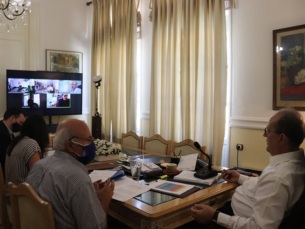 Τηλεδιάσκεψη του περιφερειάρχη Π. Νίκα σχετικά με το ν/σ για τον εκσυγχρονισμό του πλαισίου εκπαίδευσης και εξέτασης υποψηφίων οδηγών