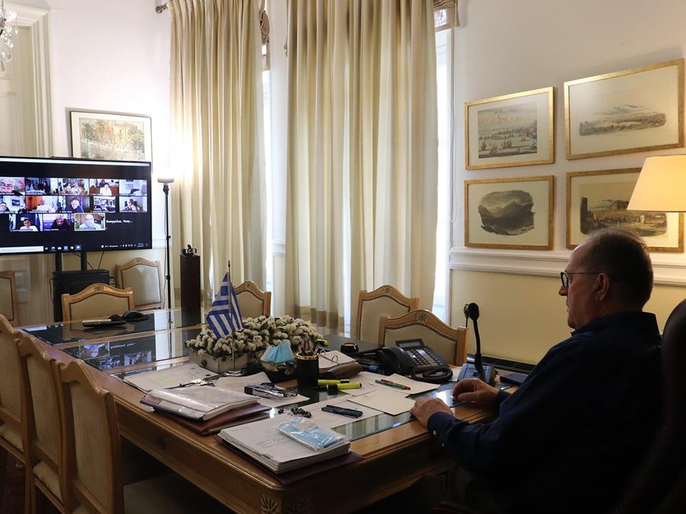 Σύσκεψη του περιφερειάρχη Π. Νίκα με κυβερνητικά στελέχη για αντιπλημμυρικά στα πυρόπληκτα Γεράνεια