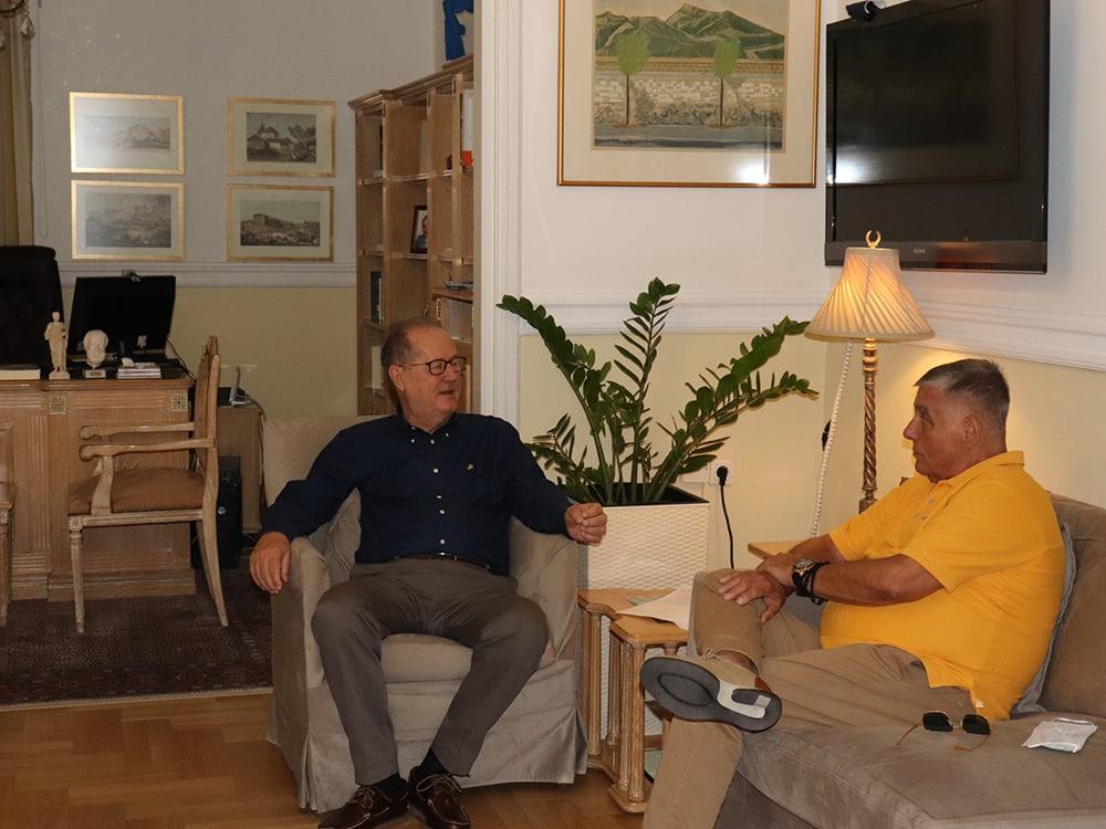 Συνάντηση του περιφερειάρχη Π. Νίκα με τον Γ. Τράγκα