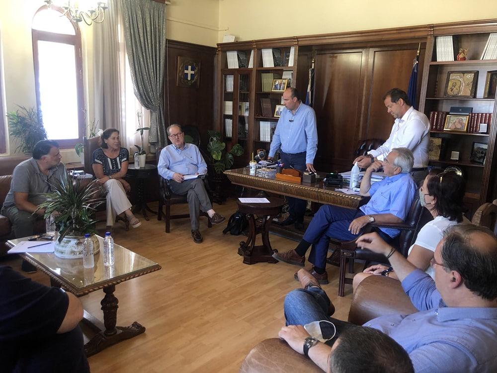 Συμβάσεις έργων 860.000 ευρώ υπέγραψε στην Κορινθία ο περιφερειάρχης Πελοποννήσου Π. Νίκας