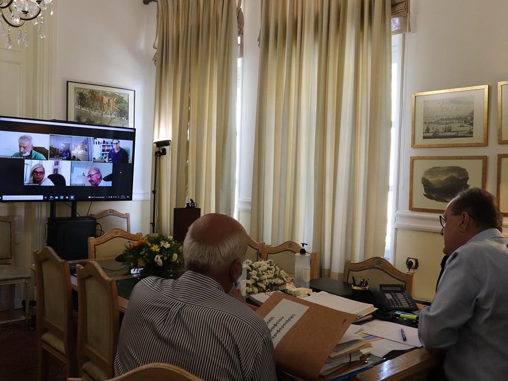 Τηλεδιάσκεψη του περιφερειάρχη Πελοποννήσου Π. Νίκα με τις Διευθύνσεις Μεταφορών της Περιφέρειας