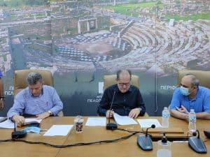 Υπογραφές του περιφερειάρχη για έργα 1,6 εκ. ευρώ στη Μεσσηνία