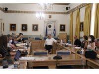 Συνάντηση εργασίας του περιφερειάρχη Πελοποννήσου Π. Νίκας με τον Μαντινείας και Κυνουρίας Αλέξανδρο