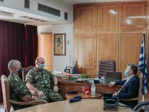 Εθιμοτυπική επίσκεψη από την ηγεσία της 77 ΜΕ στον αντιπεριφερειάρχη Μεσσηνίας