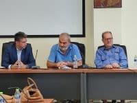 Υπογράφηκε από τον περιφερειάρχη Π. Νίκα η σύμβαση για την επισκευή του υπήνεμου μόλου στο λιμάνι της Κυπαρισσίας