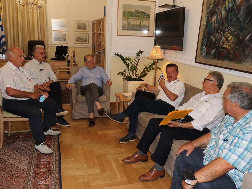 Συνάντηση του περιφερειάρχη Πελοποννήσου Π. Νίκα με την Παναρκαδική Ομοσπονδία Αμερικής